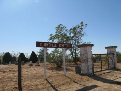 Clarksville Cemetery image. Click for full size.