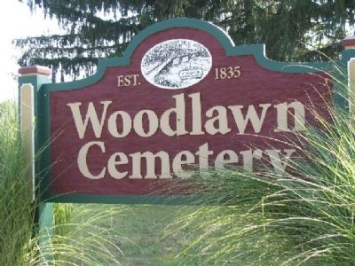 Woodlawn Cemetery Sign image. Click for full size.