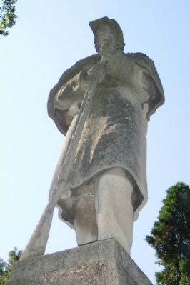 Soldier Statue Atop Monument image. Click for full size.