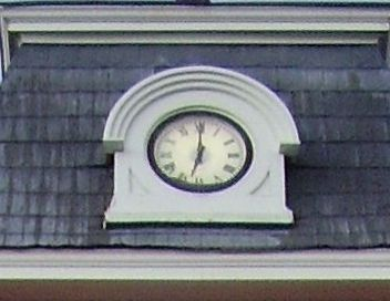 Court house clock image. Click for full size.