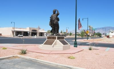 Abbott Statue along Mesquite Boulevard which he built image. Click for full size.