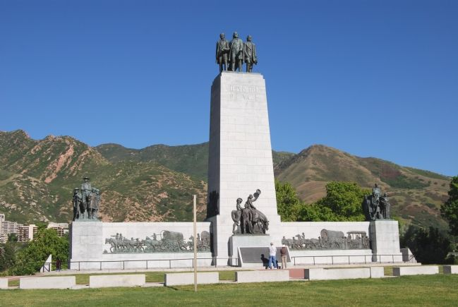 This is the Place Monument image. Click for full size.