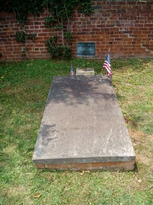 Grave of William Hooper image. Click for full size.
