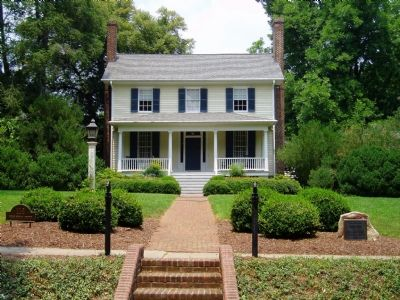 Home of William Hooper image. Click for full size.