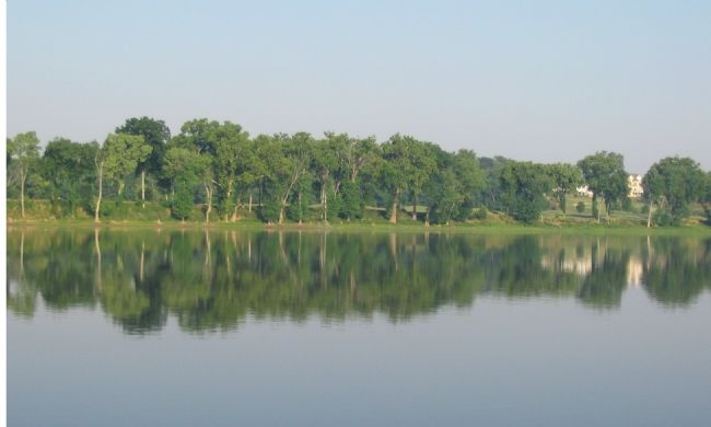 A Summer Morning on the Potomac image. Click for full size.