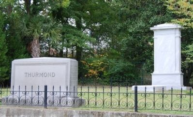 Thurmond Family Plot image. Click for full size.