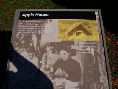 Apple House Marker image. Click for full size.