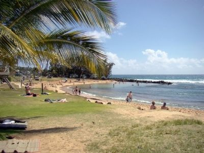 Po'ipū Beach Park image. Click for full size.