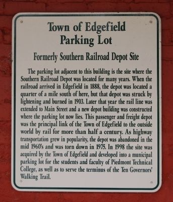 Town of Edgefield Parking Lot Marker image. Click for full size.