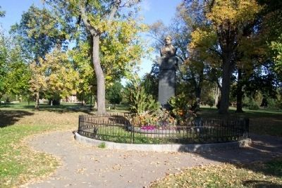 Lincoln Goodale Monument image. Click for full size.