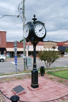 Clock Donated to the Town of Saluda and Saluda County and Marker image. Click for full size.