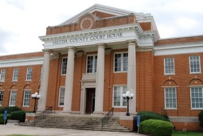 Saluda County Courthouse image. Click for full size.