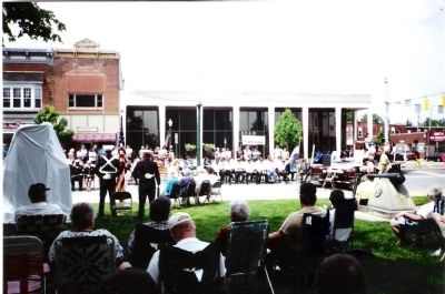 Memorial Day 2002 - - Dedication and Unveiling image. Click for full size.