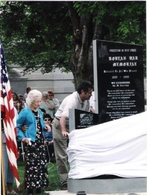 Memorial Unveiled by Mrs. Gladys Ruby image. Click for full size.
