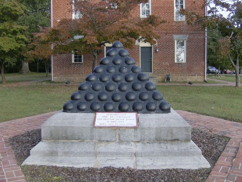 Bragg's Headquarters Shell Monument image. Click for full size.