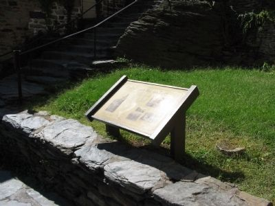 Trail to Upper Harpers Ferry Marker image. Click for full size.