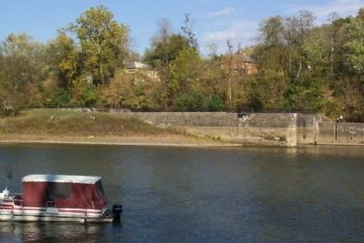 Lock No. 10 from across the Muskingum River image. Click for full size.