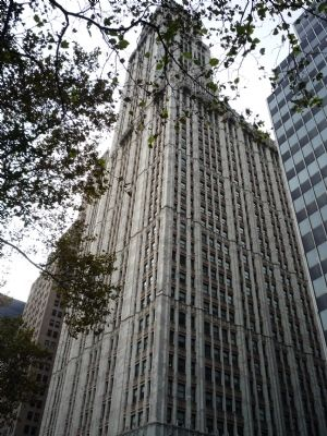 Woolworth Building (daytime) image. Click for full size.