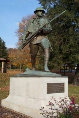 McConnelsville World War I Memorial image. Click for full size.