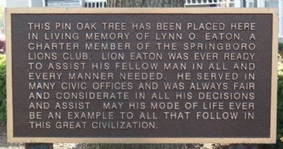 Lynn O. Eaton Memorial Pin Oak Marker image. Click for full size.