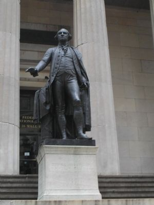 Statue of George Washington image. Click for full size.