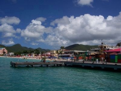 St. Maarten beachfront - Sint Rose Arcade, center rear image. Click for full size.