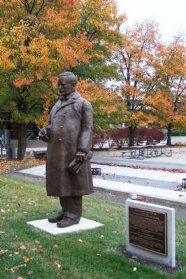 "H. A. ""Harry"" Toulmin Sr. Statue and Marker image. Click for full size."