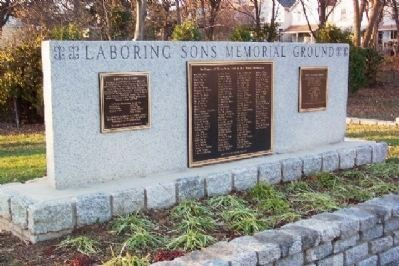 Laboring Sons Memorial Ground Monument image. Click for full size.