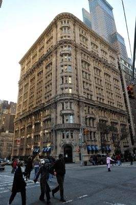 Alwyn Court Apartments image. Click for full size.