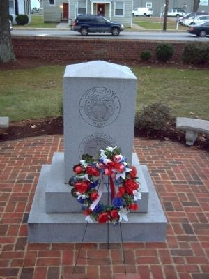 Middlesex County Veteran&#39;s Memorial Marker </b>North face image. Click for full size.
