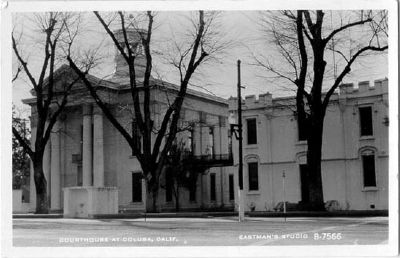 Vintage Postcard - Colusa County Courthouse image. Click for full size.