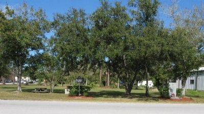 Fellsmere Marker, looking north image. Click for full size.