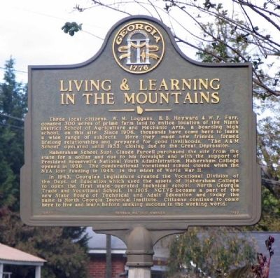 Living & Learning In The Mountains Marker image. Click for full size.