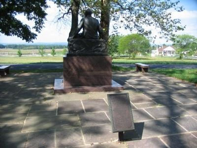 Looking Past the Monument towards Seminary Ridge image. Click for full size.