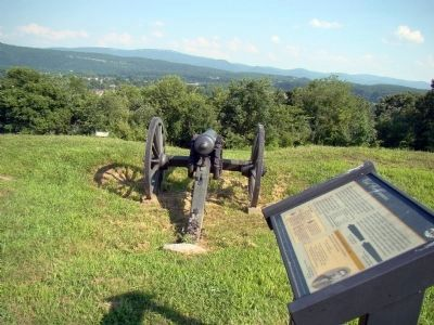Cannon Points to Downtown Petersburg, Hidden Today by Treetops image. Click for full size.