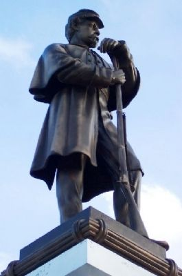 Ross County Civil War Memorial Statue image. Click for full size.