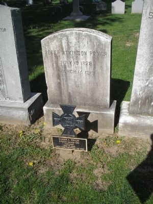 Grave of Roger Atkinson Pryor image. Click for full size.