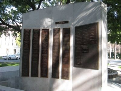 Back View of Monument - List of Donors image. Click for full size.