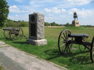 Two 3-inch Ordnance Rifles Flank the Monument image. Click for full size.