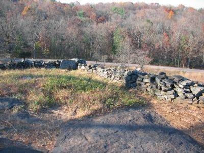 Breastworks on Little Round Top image. Click for full size.