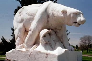 1930 : Polar Bear Monument Dedicated at White Chapel Memorial Park Cemetary in Troy