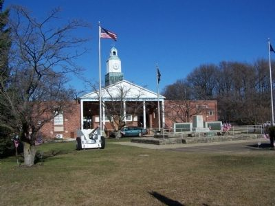 Tinicum Township Memorial Building image. Click for full size.