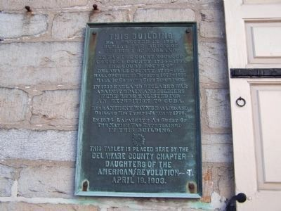 Colonial Courthouse Plaque image. Click for full size.