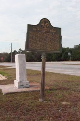 The Defense of the Altamaha Bridge Marker, looking south along US 301/ US 25 image. Click for full size.