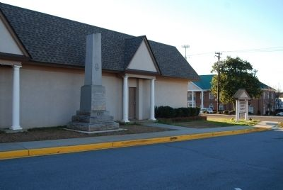 James Lawrence Orr Monument with<br>Anderson County Museum in Background image. Click for full size.
