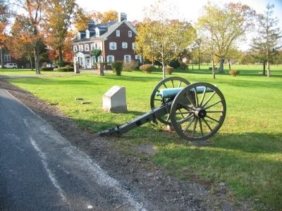 Artillery Piece and Position Marker image. Click for full size.