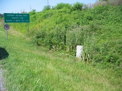 Buck Marsh Fight Marker at the Highway's Edge image. Click for full size.