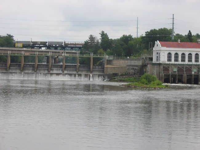 Kilbourn Dam in Wisconsin Dells image. Click for full size.