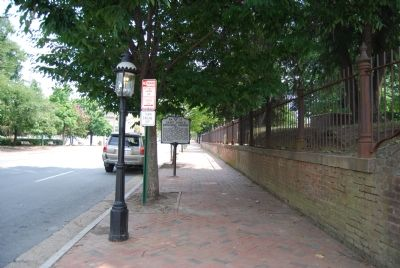 Marker along E Broad Street image. Click for full size.