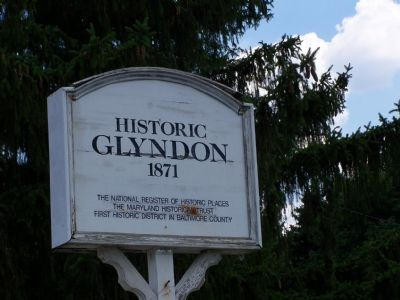 Historic Glyndon Sign image. Click for full size.